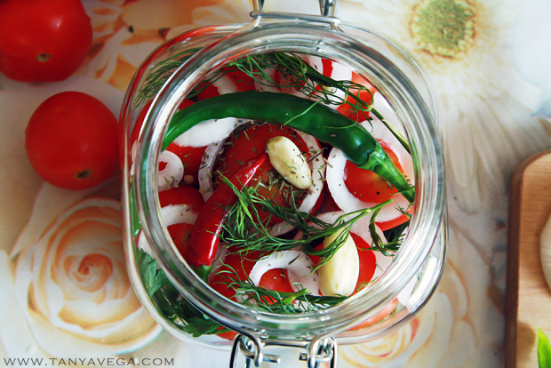 Marinated-pickled-tomatoes-marinovannye-pomidory-Tanya-Vega-4.JPG